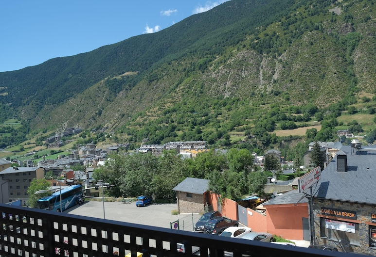 Hotel Arbre de Neu, Encamp, Superior Double Room, Balcony, Mountain View, Guest Room