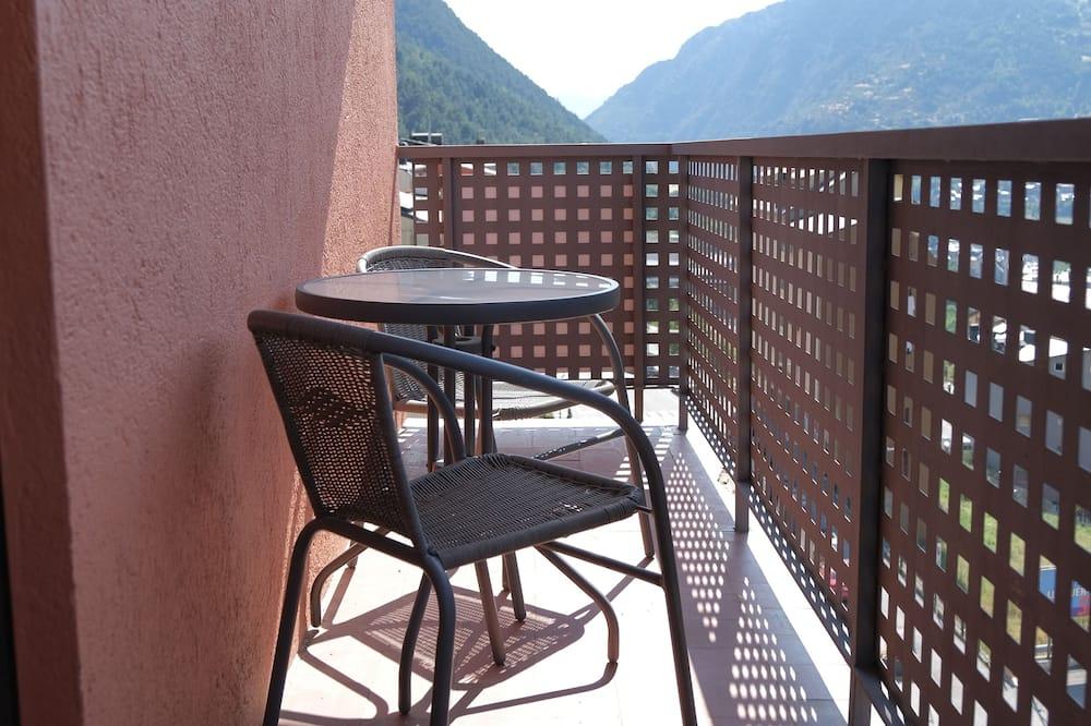 Habitación doble superior, balcón, vistas a la montaña - Balcón