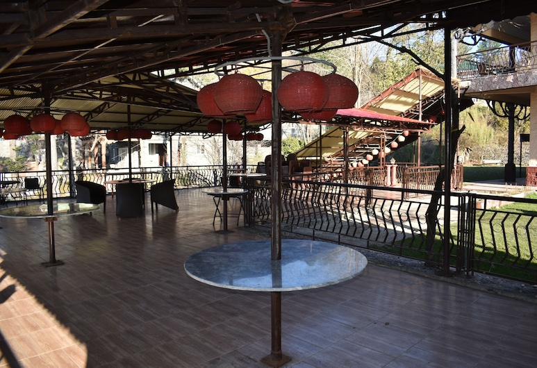 Hotel Cosy Knock, Murree, Outdoor Dining