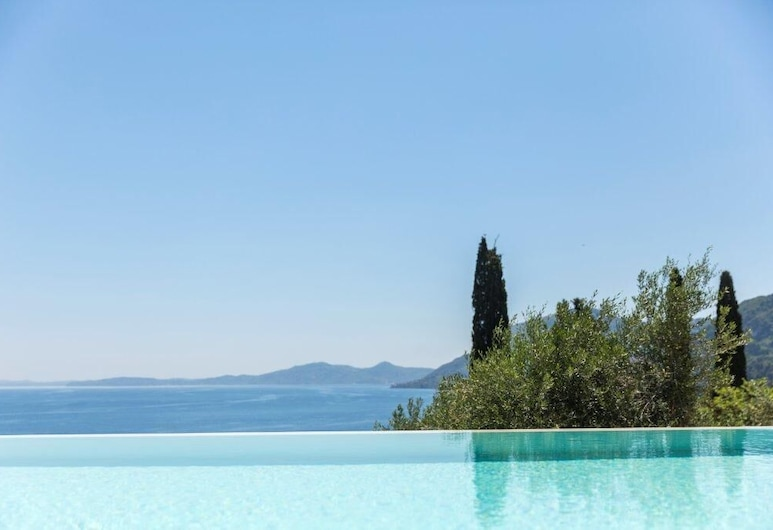 喬凡尼納別墅飯店, 科孚島, 從住宿看到的景觀