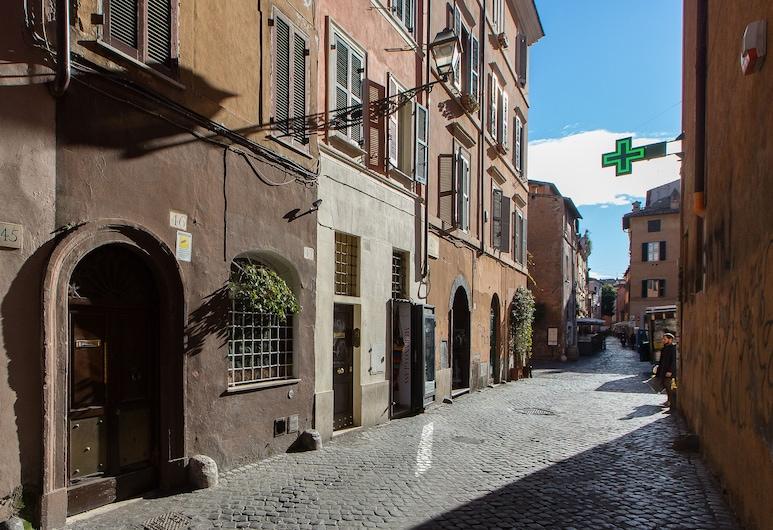 Rental in Rome Scala Studio, Rome