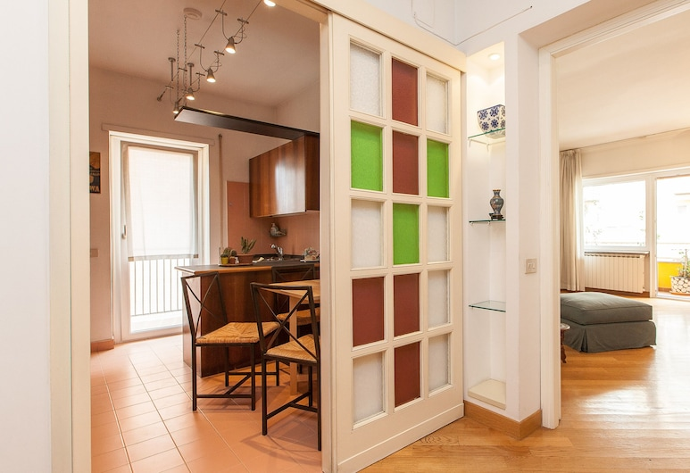 Rental in Rome Trastevere Relax, Rome, Apartment, 2 Bedrooms, Living Area