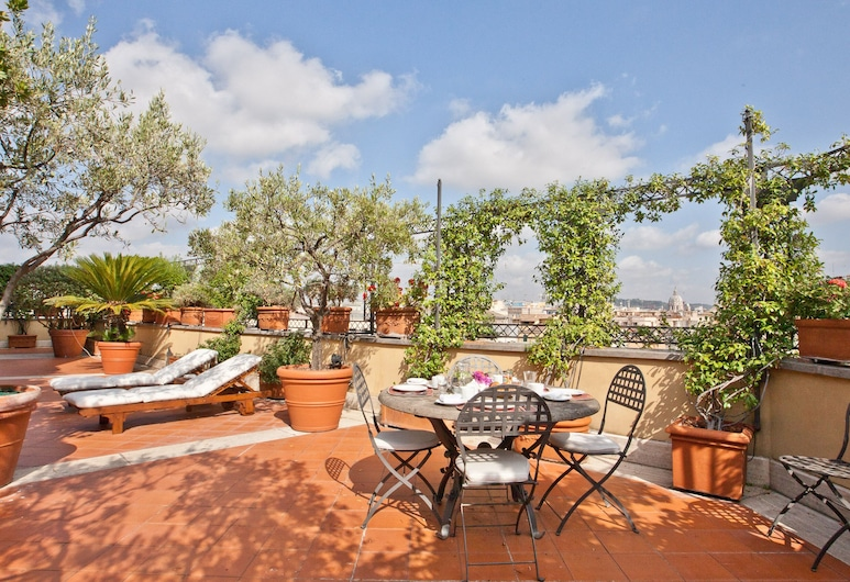 Rental in Rome Trevi Luxury Penthouse, Rome, Apartment, 2 Bedrooms, Terrace/Patio