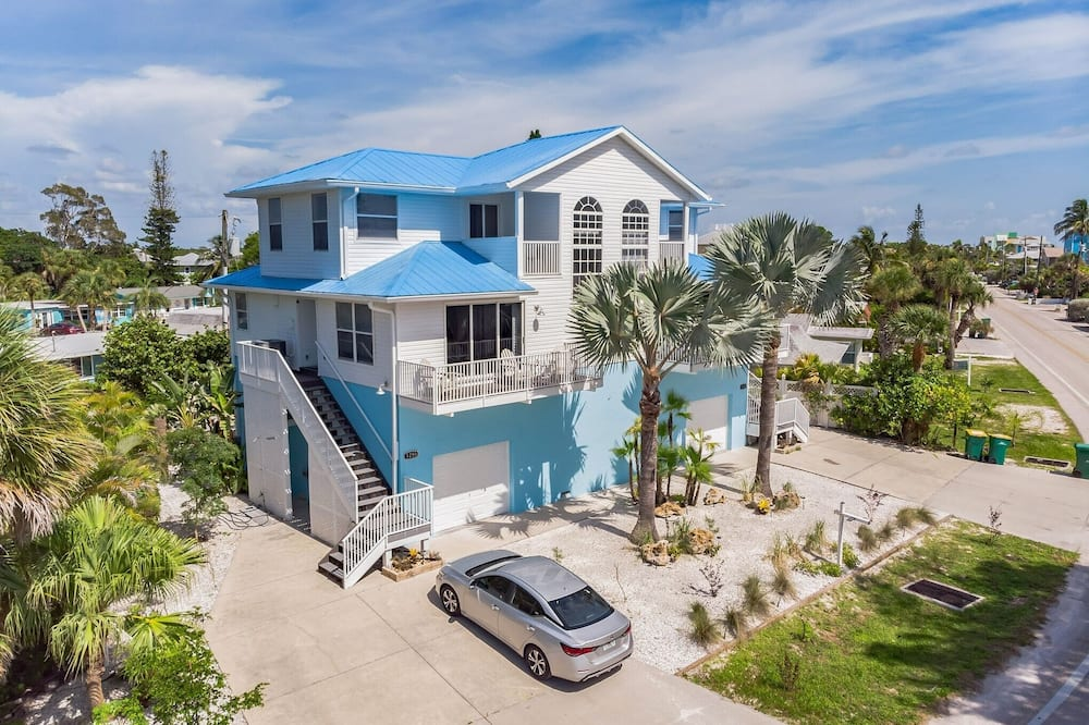 Sunset Views + Steps From The Beach With Elevator 2 Bedroom Duplex, Englewood