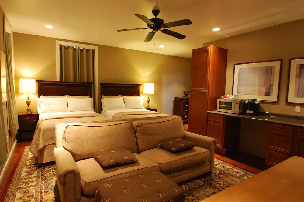Comfort studio suite, 2 tweepersoonsbedden, kitchenette - Woonruimte