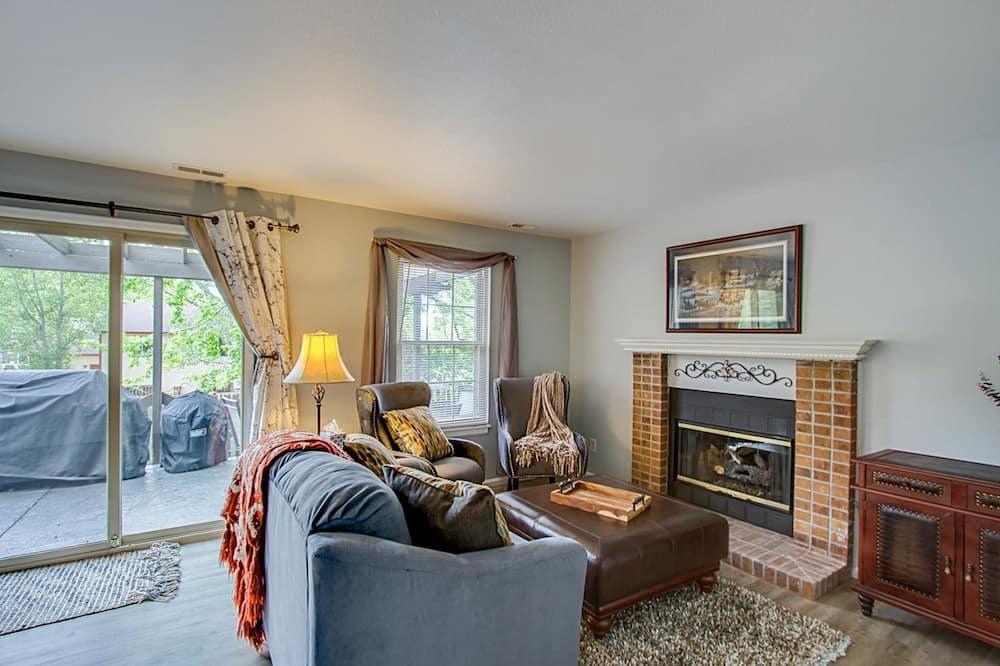 Domek (7356_Aspen) - Obývací pokoj