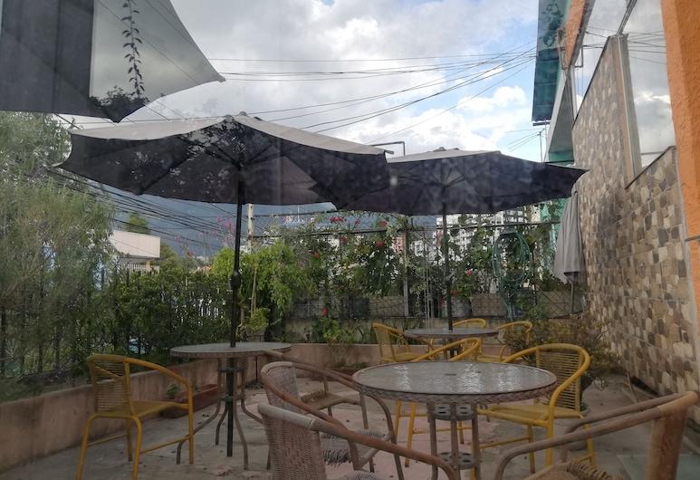Hostal Joan Sebastian, Quito, Property Grounds