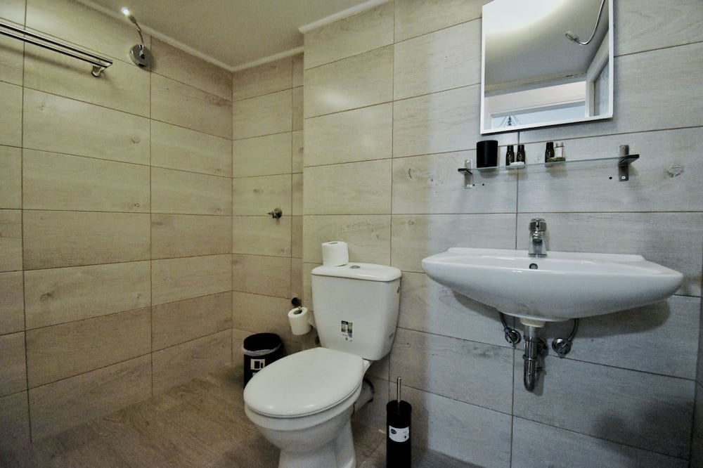 Deluxe Apartment (Private Garden) - Bilik mandi