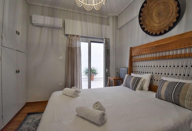 Tic Tac by Be My Guest, Atenas, Apartamento luxo (Private Garden), Quarto