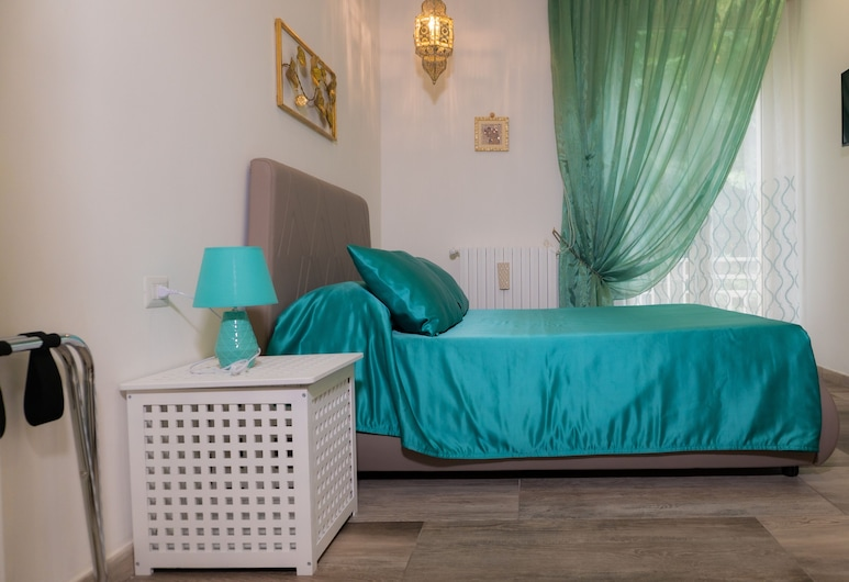AleAndre, Foggia, Kamar Quadruple Comfort, balkon, Kamar Tamu