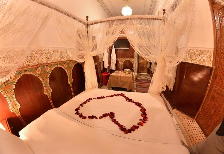 Riad Fes Madaw, Fes, Honeymoon Suite (Sinne), Guest Room