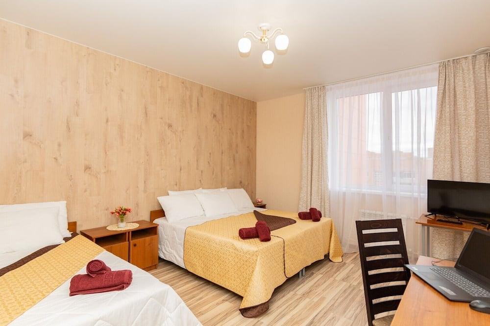 Τρίκλινο Δωμάτιο, Ιδιωτικό Μπάνιο - Δωμάτιο επισκεπτών