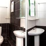 Standard Double Room, 1 Queen Bed - Bathroom