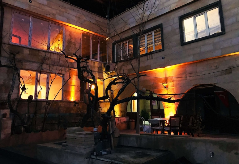 Apollo Cappadocia Hotel, Nevsehir, Hotel Front – Evening/Night