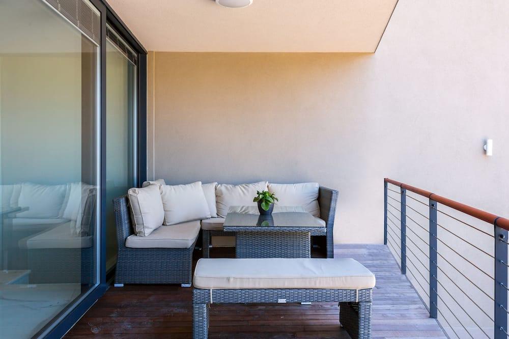 Апартаменти, 4 спальні - Балкон
