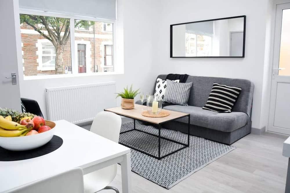 شقة (With Courtyard) - الصورة الأساسية
