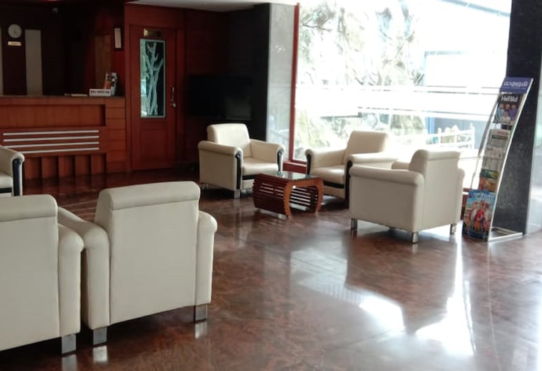 Luxora Hotel and Spa, Tirur