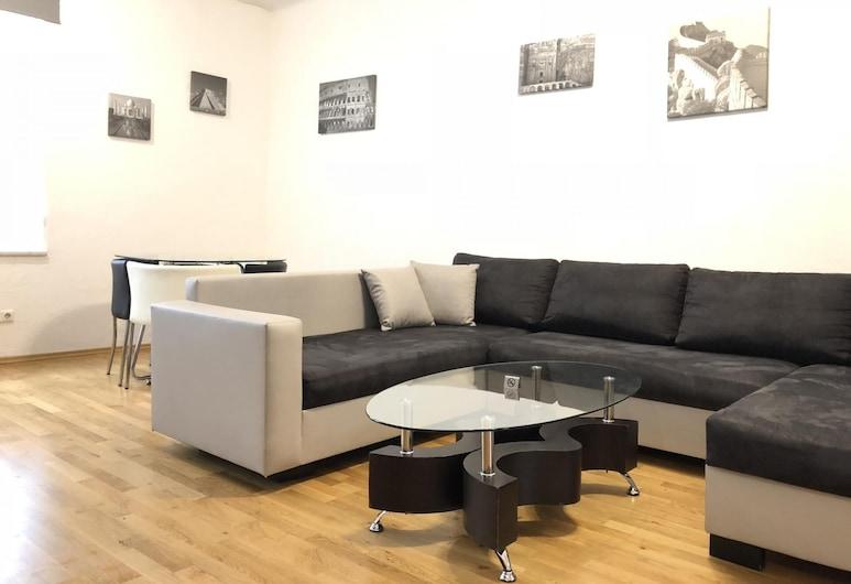 Apartsee, زيل آم سي, شقة مريحة - بشرفة, منطقة المعيشة