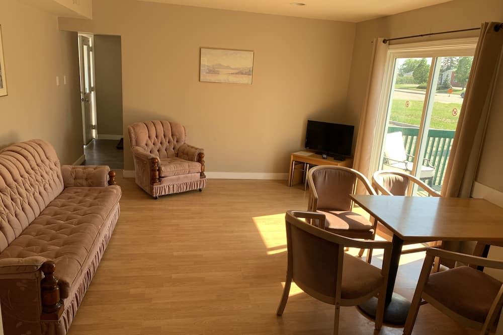 Obiteljska trokrevetna soba - Dnevna soba