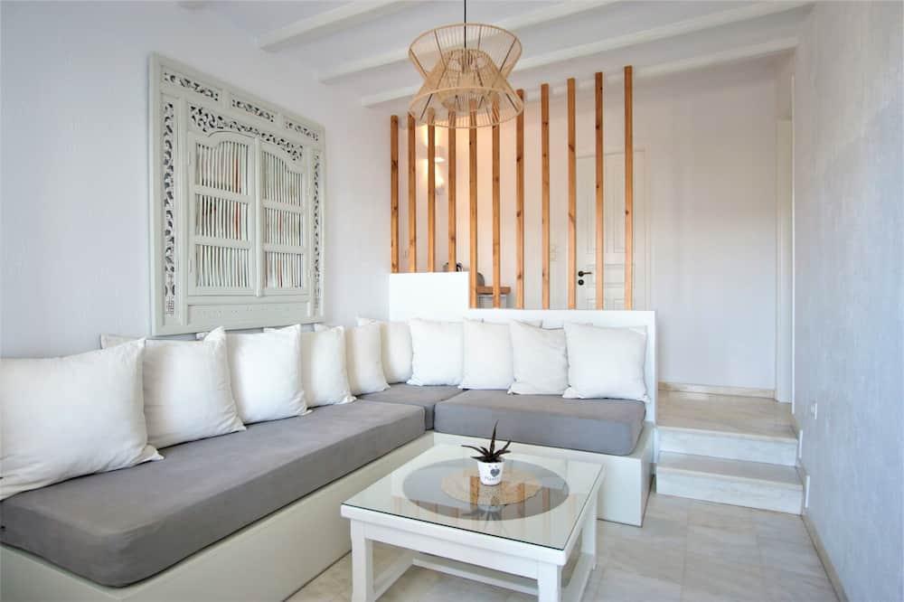 Suite, Partial Sea View - Living Area