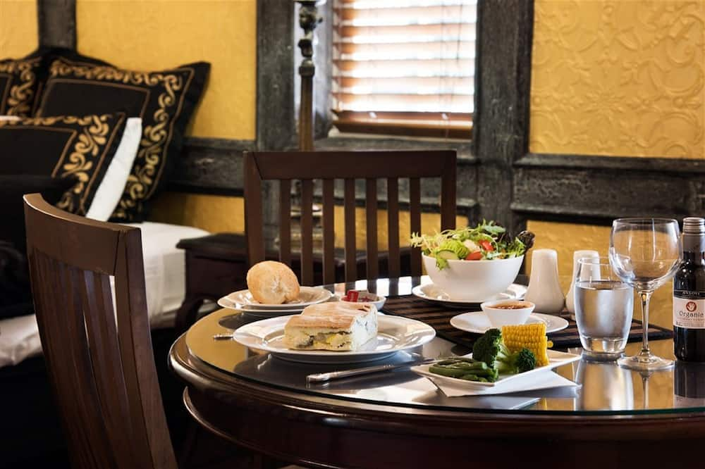 標準客房, 1 張加大雙人床 - 客房餐飲服務
