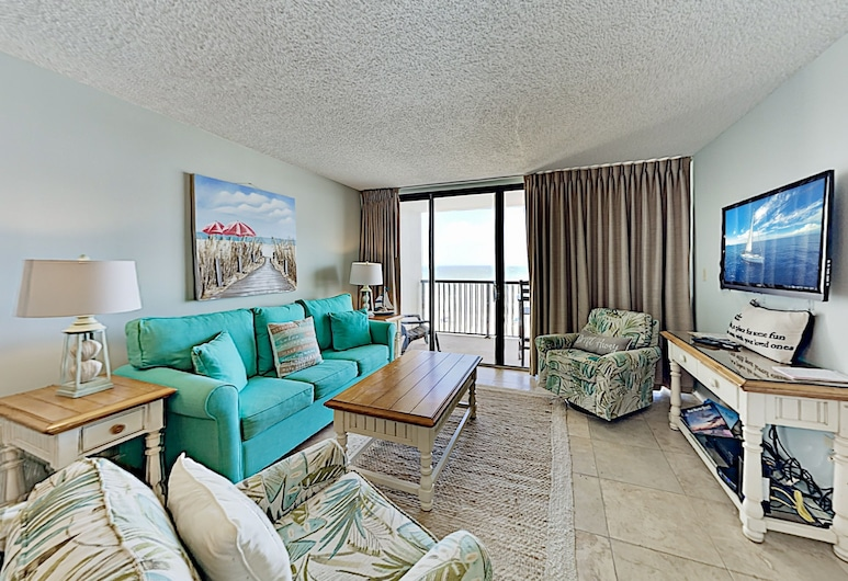 New Listing! Oceanfront W/ Pool, Water Views 2 Bedroom Condo, North Myrtle Beach