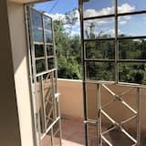 Панорамный двухместный номер с 1 двуспальной кроватью - Балкон