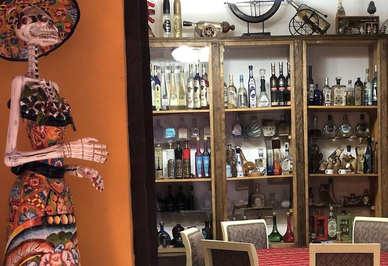Hotel Boutique el Viejo Mundo, Hidalgo del Parral, Hotel Bar