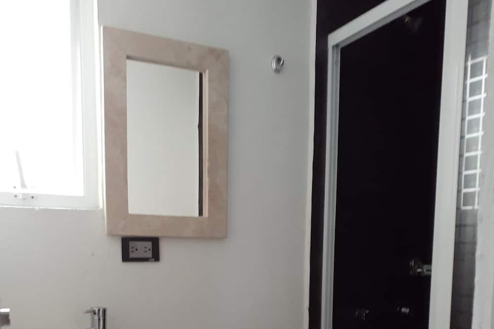 Номер базового типа - Ванная комната