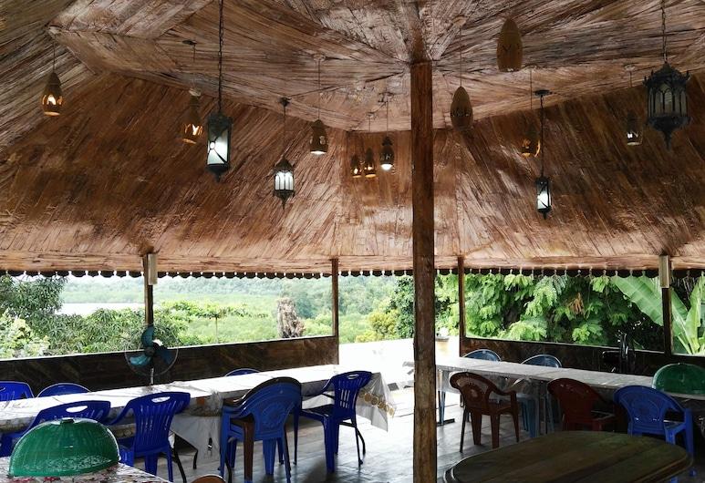 Sharook Lodge, Pemba-sziget, Terasz/udvar