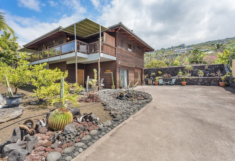 Big Island Kona Dreams by Coldwell Banker Island Vacations, Captain Cook