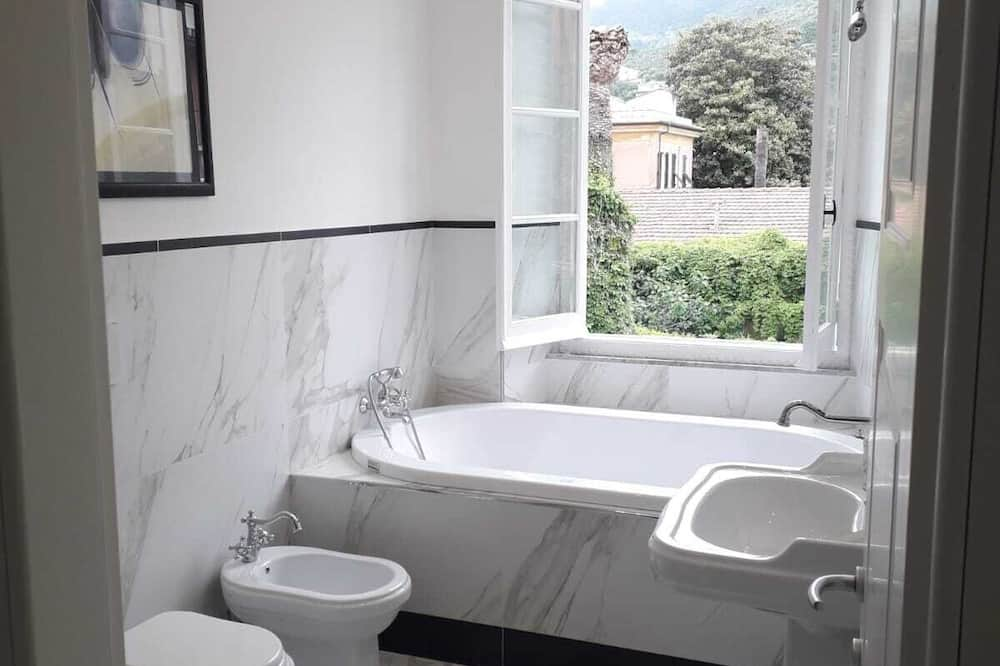Double Room (Tramontana) - Bathroom