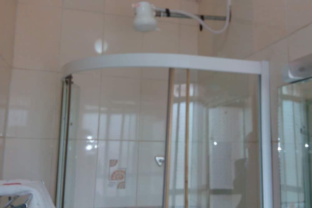 行政客房 - 浴室淋浴