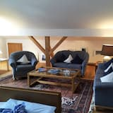 Apartment, 2 Bedrooms, Balcony, Mountain View (Marie-Anne) - Living Area