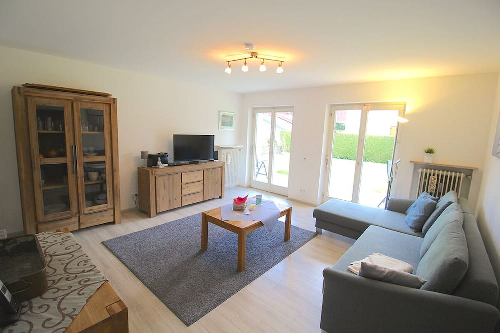 Apartment, 1 Bedroom, Terrace, Mountain View (Tim) - Living Area