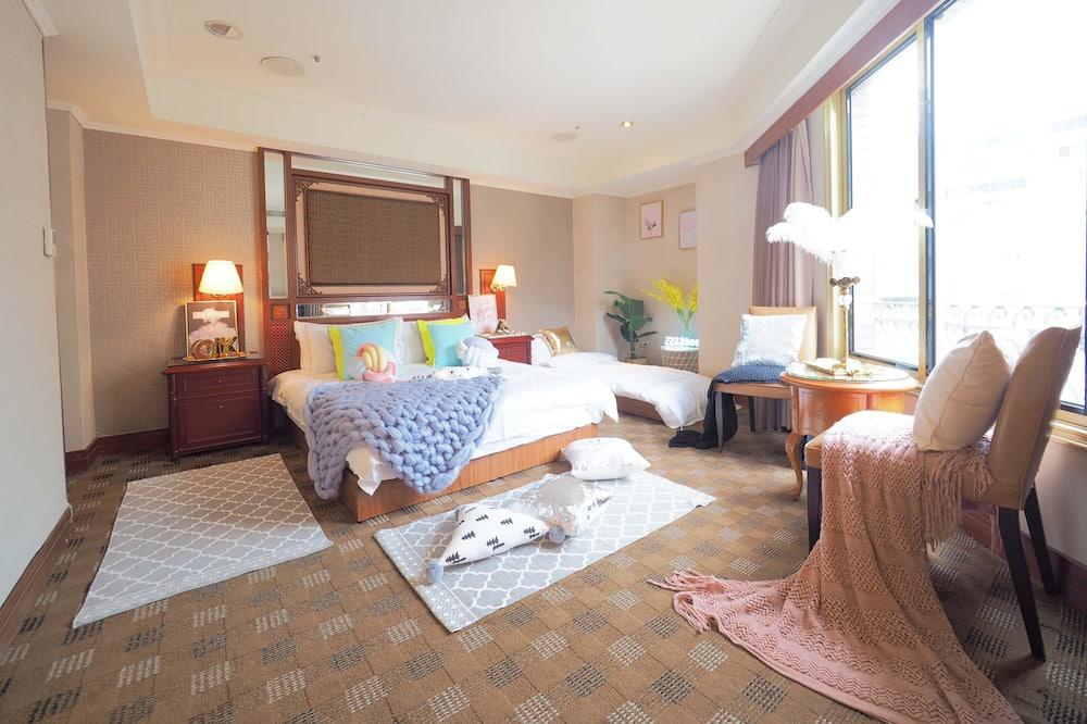 Habitación triple (704) - Sala de estar