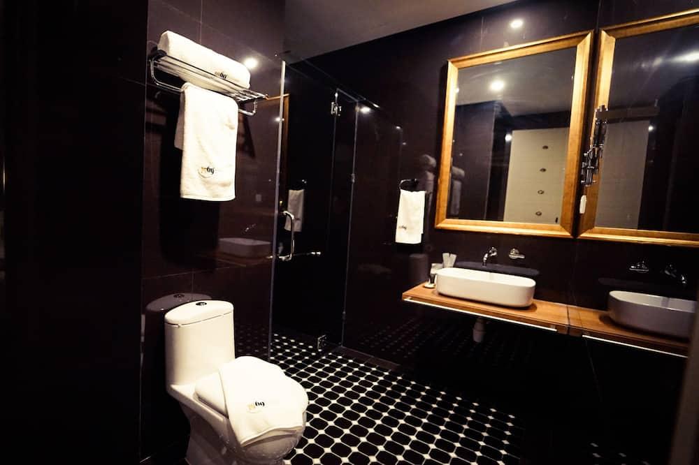 Deluxe King Executive - Bathroom