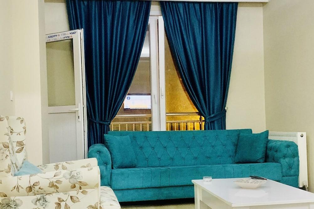 Семейные апартаменты - Гостиная