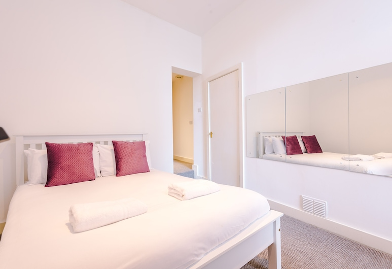 Benson Apartments by Top House, Liverpool, City Apartment, Room