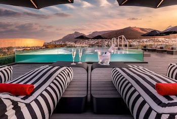 Picture of O-Two Hotel in Cape Town