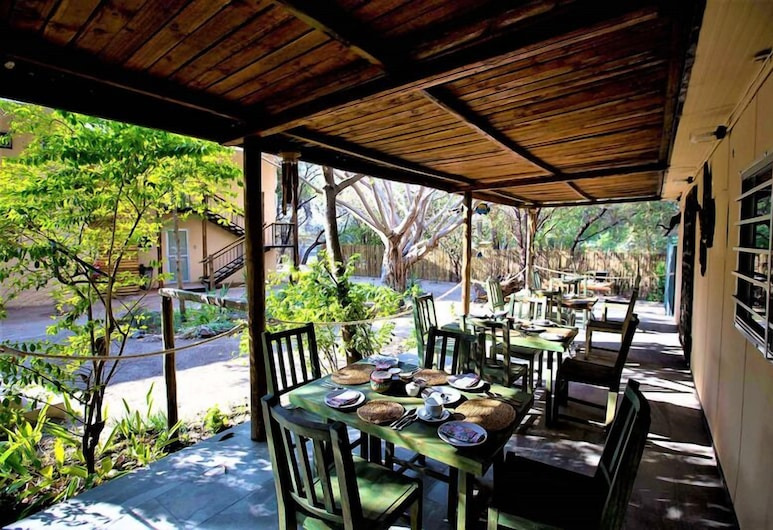 The Water Front, Maun, Outdoor Dining