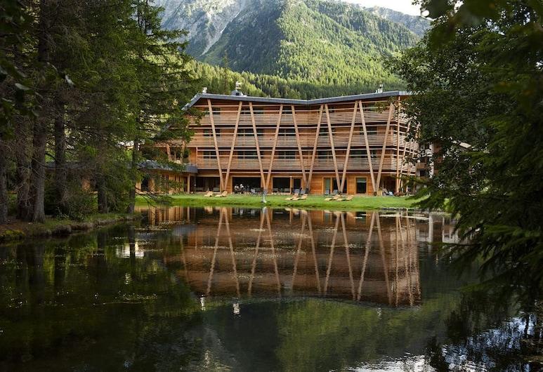 Au Charmant Petit Lac, Ayas