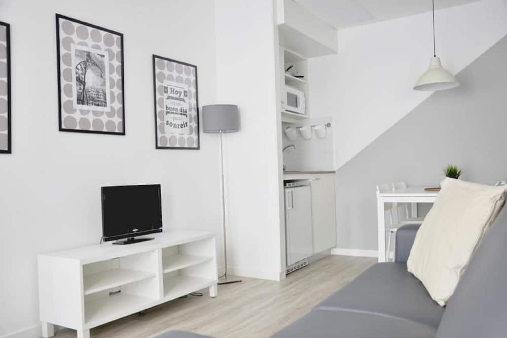 Executive Studio - Living Room