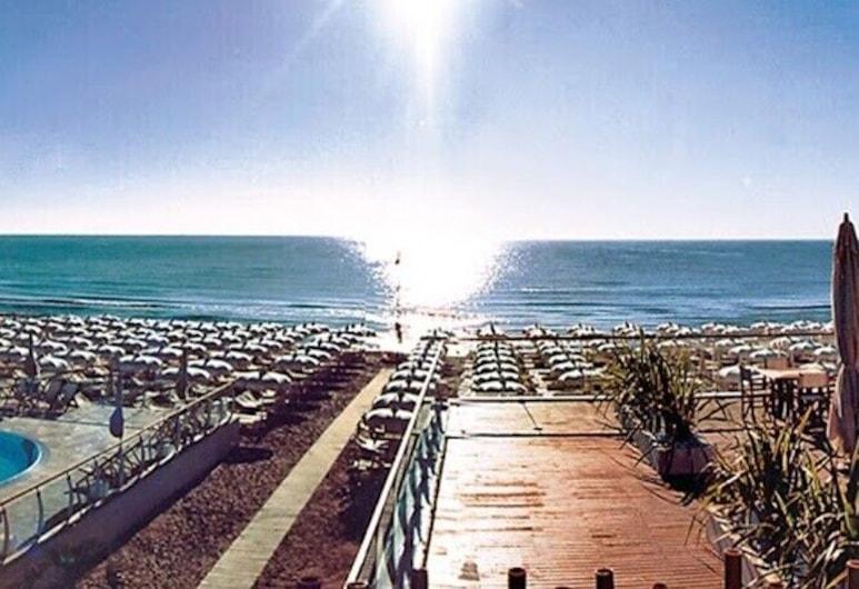 Hotel Chery, سيرفيا, حمّام سباحة خارجي