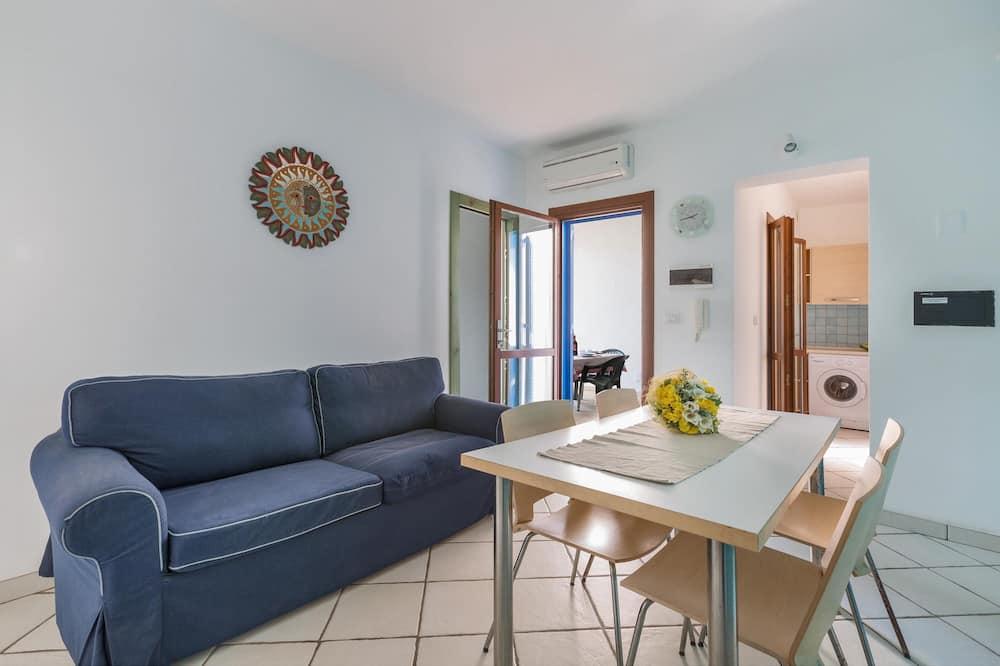 Standard House, 2 Bedrooms - Imej Utama