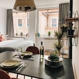 Studio Suite (city center 42) - Living Area