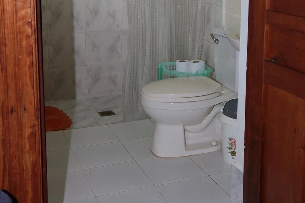 コンフォート 4 人部屋 - バスルーム