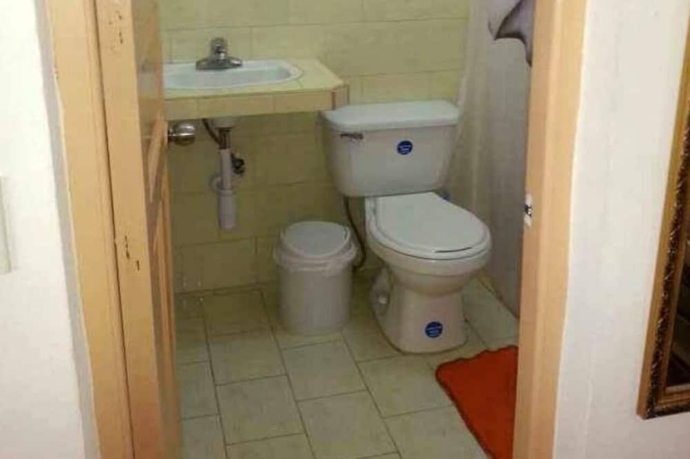 Exclusive - neljän hengen huone - Kylpyhuone