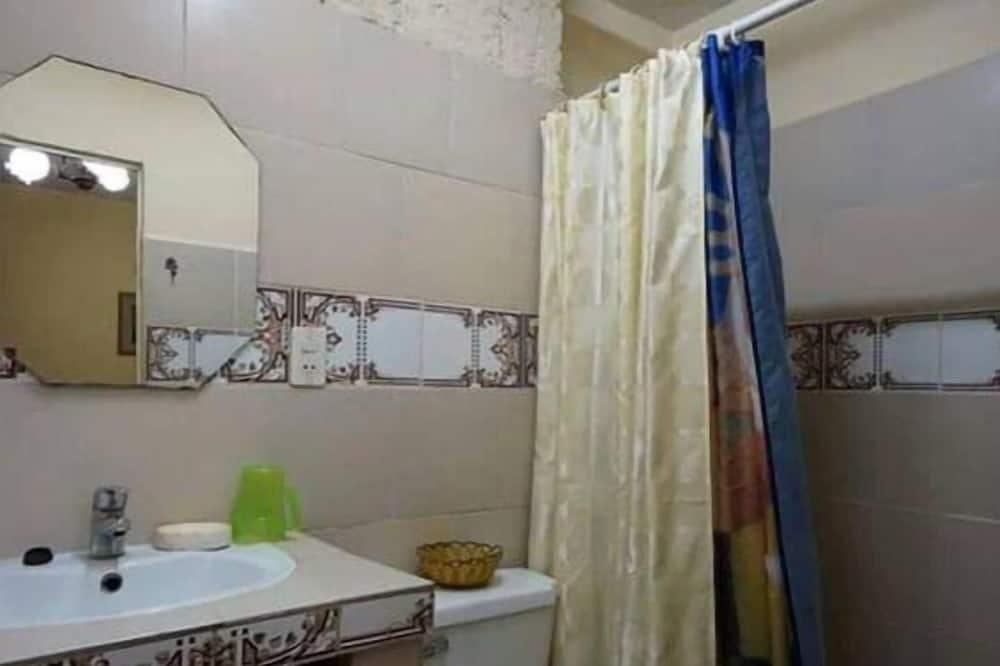 Išskirtinio tipo trivietis kambarys - Vonios kambarys