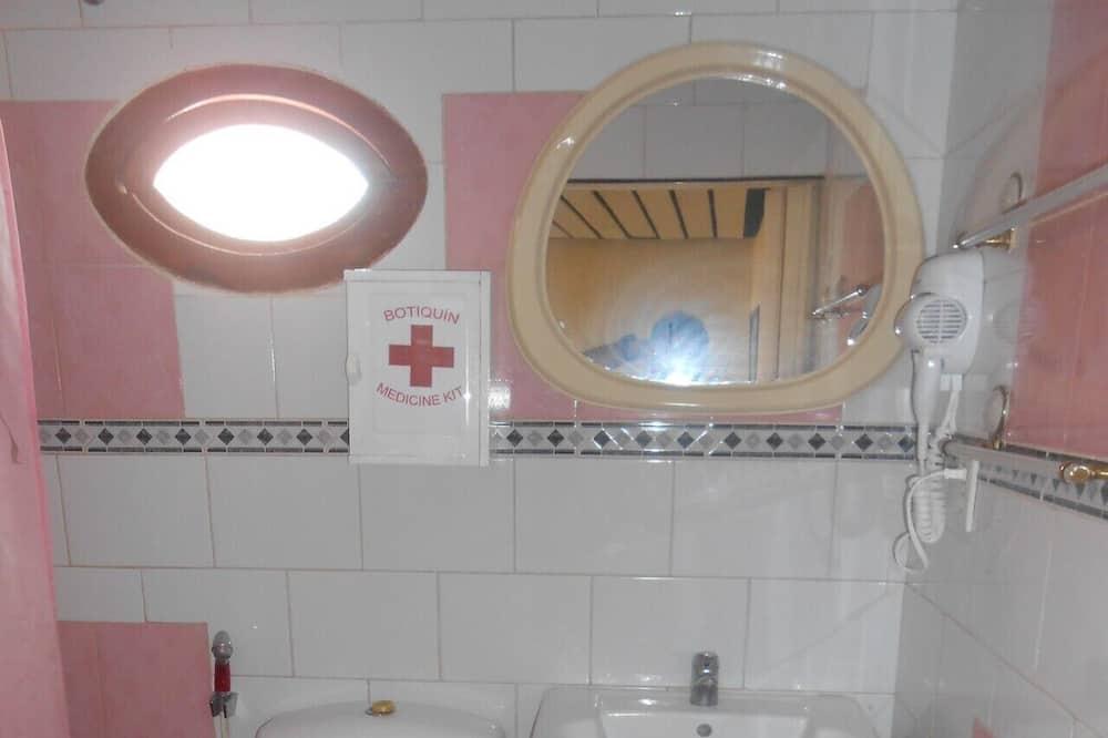 엘리트 쿼드룸 - 욕실